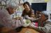認知症を患う高齢者も笑顔に!デイサービス鶴亀寿々庵の野菜パウンドケーキ作り