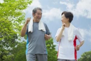アイキャッチ:認知機能維持に重要となる「歩行」と「ホスファチジルコリン」