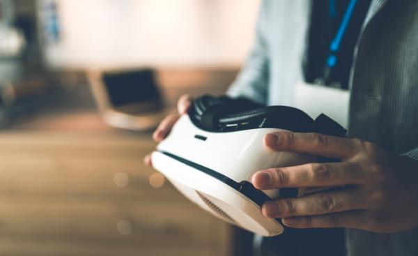 イグニスと順天堂大2教授 認知症対策VRコンテンツ開発へ