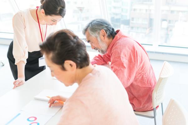 学研グループ会社が認知症予防の新サービスを開始