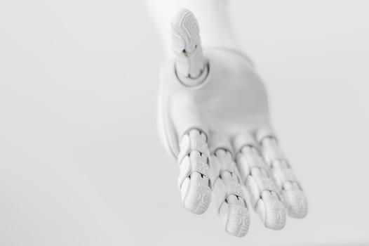 認知症ケアにおける人型ロボットの活用法をセミナーで講演