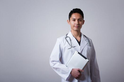 アイキャッチ:順天堂病院が日本初の本格的な遠隔診療サービスを開始
