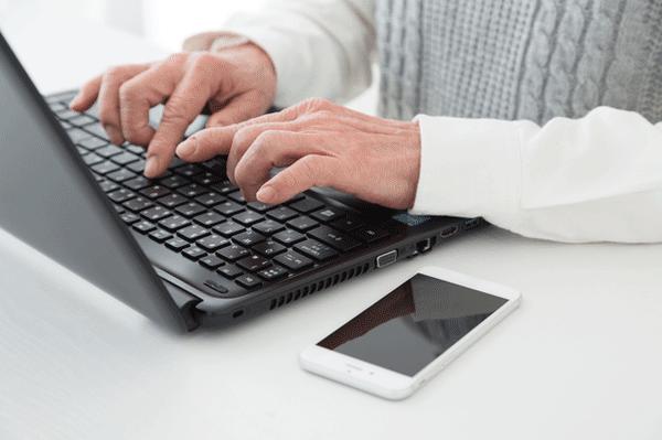 アイキャッチ:認知機能チェックのWebサービス「脳測」、パソコン教室に提供