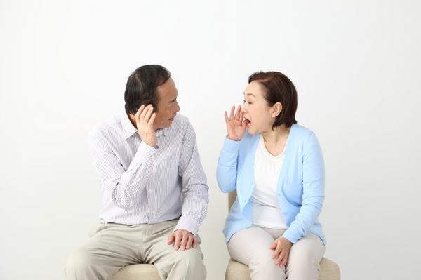 アイキャッチ:難聴と認知症の関係とは?